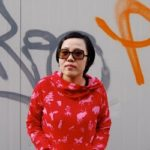 Bio-express: Mian Mian. Romancière chinoise. Née en 1970 à Shanghaï. Dernier livre disponible en français: Panda Sex (Diable Vauvert, 2009).