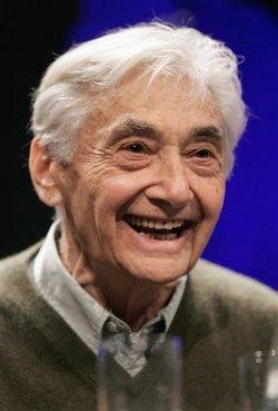 Bio-express. Howard Zinn. Historien étatsunien. Né le 24 août 1922 (New York) Mort le 27 janvier 2010 (Santa Monica) Auteur de 20 livres, dont Une histoire populaire des Etats-Unis (1980)
