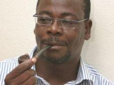 Venance Konan, blogueur influent d'Abidjan.