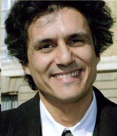 Rachid Nekkaz (Source : http://funfunpics.blogspot.com/)