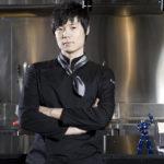 Homme de plusieurs talents, le Crazy Chef Choï a créé sa tenue.