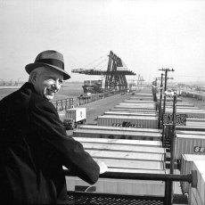 Malcom Mac Lean (1913-2001), celui qui a déclenché la mondialisation avec ses conteneurs.