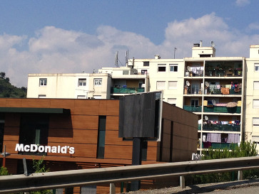 Nice Nord, le CRADOMM (Centre régional d'action et diffusion de l'obésité en milieu modeste) ©Lestrainscachés