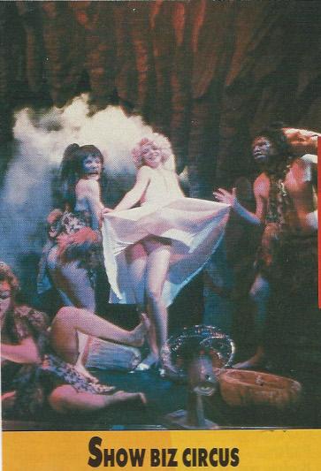 « Jérôme Savary en 1985 dans Bye, bye show-biz au théâtre Mogador » (p30)