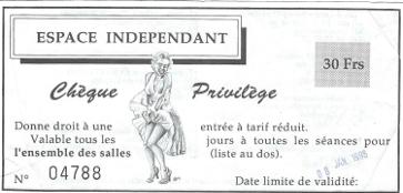 « En 1996, quand les salles des 3 Luxembourg du réseau Espace indépendant éditent des chèques privilèges, une Marilyn-métro figure dessus » (p32).