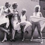 « Misha Erwitt a photographié des sosies à New-York soulevant leur robe dès 1987 » (p29).