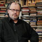 Le philosophe politique Pierre-André Taguieff estime les études postcoloniales bien peu scientifiques et nocives.