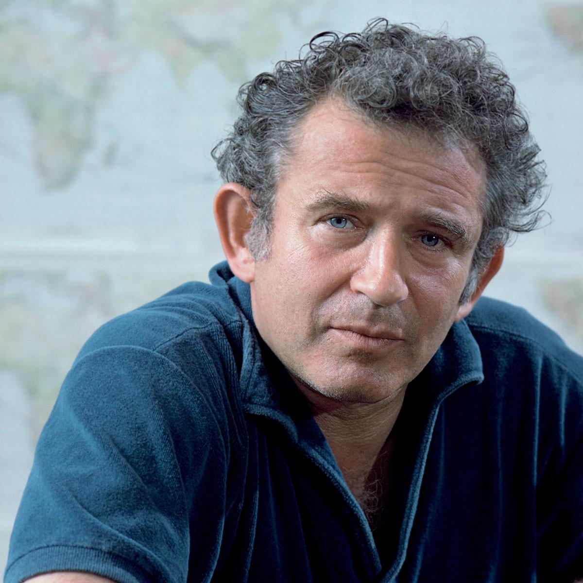L'écrivain Norman Mailer, l'un des rares intervenants au colloque de 1962, à réclamer une pensée